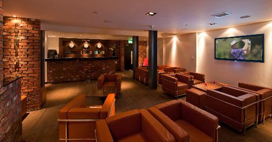 باوهاوس هوتل: Reception/Bar