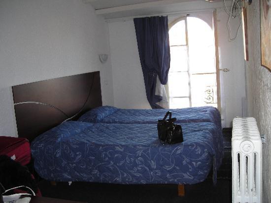 Le Relais de Poste: bedroom