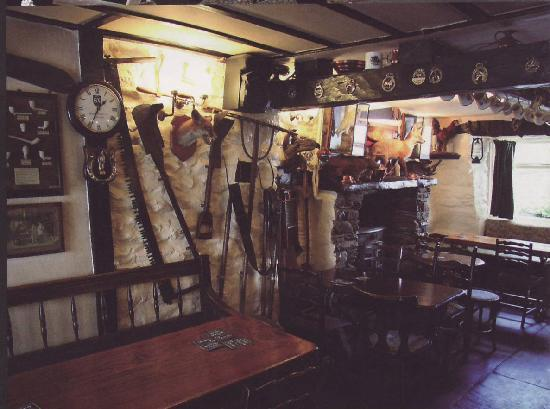 White Hart Inn: Bric a brac from local industries.