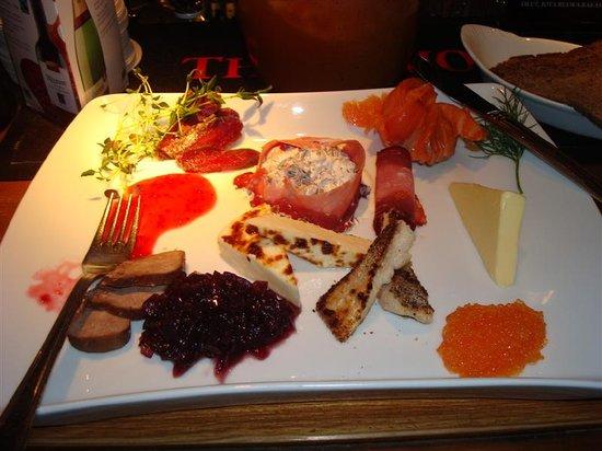 Frans & Cherie Bistro: local cuisine