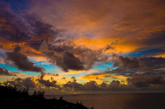 Four Seasons Resort Seychelles: Sunset view from Spa roof top