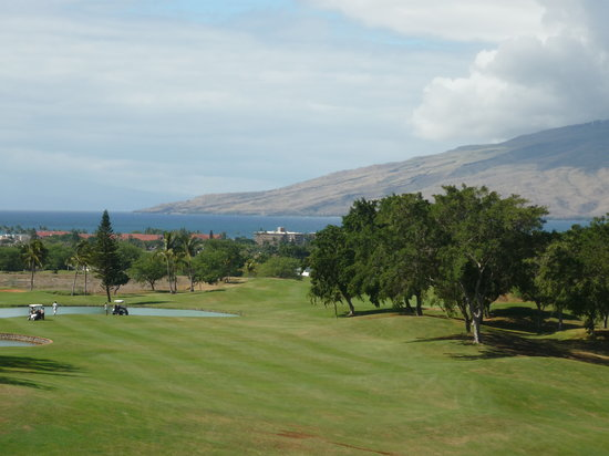 Maui Nui Golf Club : view