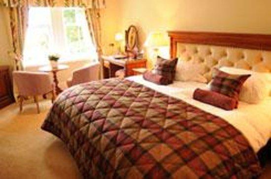 Taychreggan Hotel: Junior Suite King Size bed