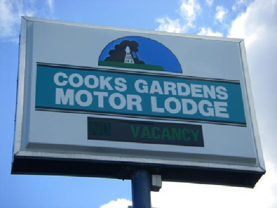 Cooks Gardens Motor Lodge: www.cooksgardensmotorlodge.co.nz