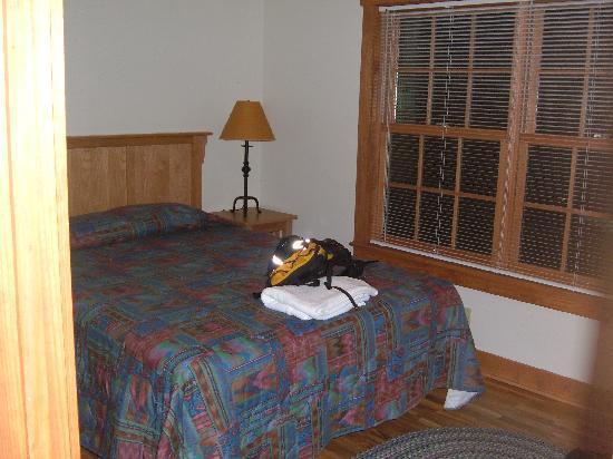 James River State Park: Master bedroom