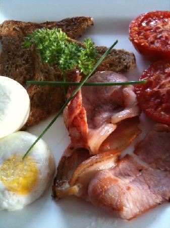 Treghan Luxury Lodge: Hearty, delicious breakfast