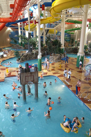Indianápolis, IN: Caribbean Cove Indoor Water Park