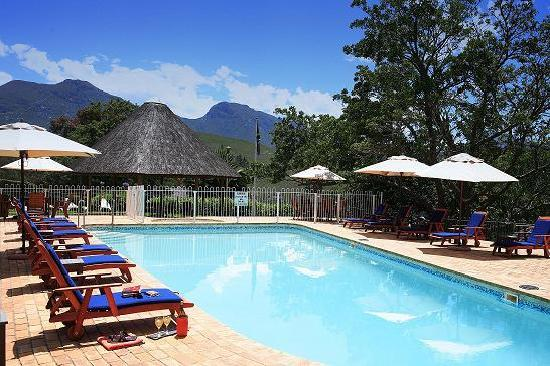 Eight Bells Mountain Inn : Swimming Pool