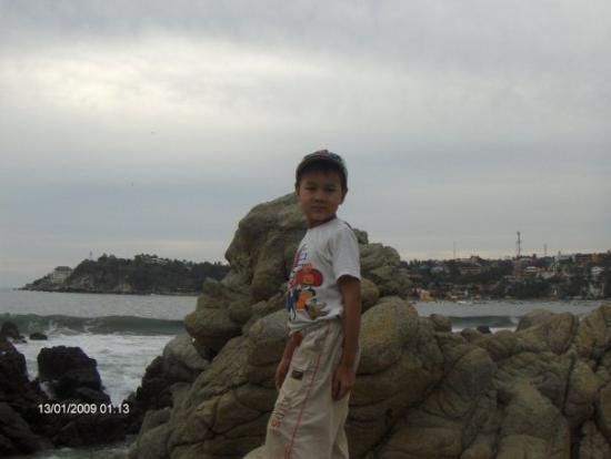 Puerto escondido oax..... betwen playa zicatela & bahia principal