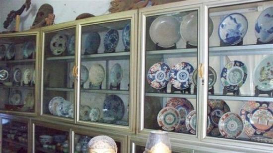 Makassar, Indonesia: Toko Antik Asdar, Somba Opu
