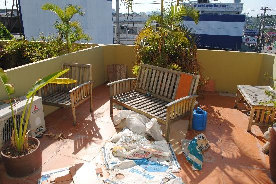 Blue Moon Hotel: private terrace