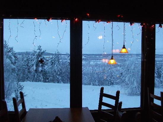 Davvi Arctic Lodge: Fantastic view from the restaurant