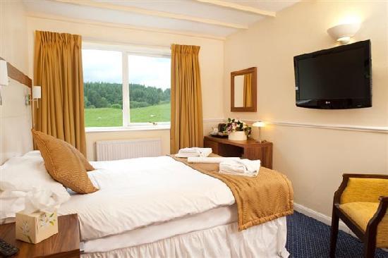 Damson Dene Hotel: A Double Bedroom