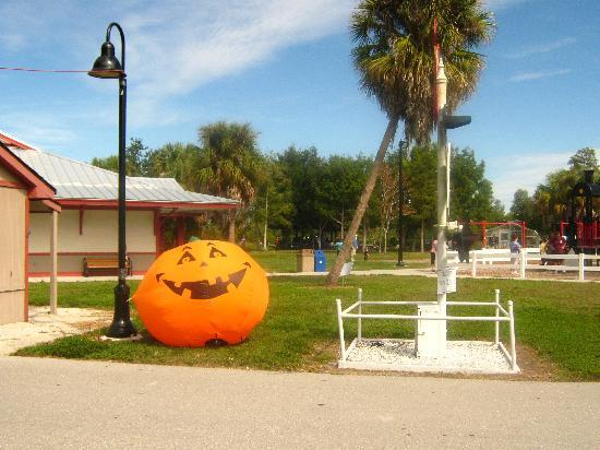 Lakes Regional Park: Halloween celebration