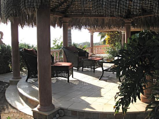 Villa del Faro: Casitas Tres Outdoor Living Room