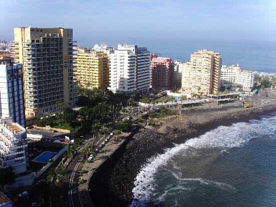 Una de las terrazas del hotel picture of bahia principe san felipe puerto de la cruz - Hotel san felipe tenerife puerto de la cruz ...