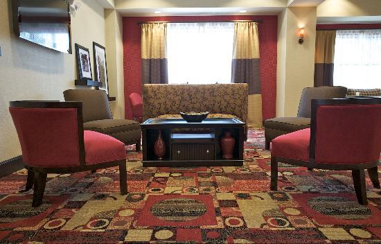 Hampton Inn Greenville: Hampton's Perfect Mix Lobby