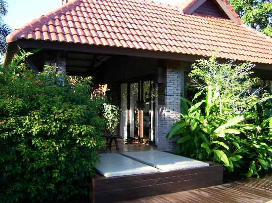 Chaw Ka Cher Tropicana Lanta Resort: Pool veranda Villa
