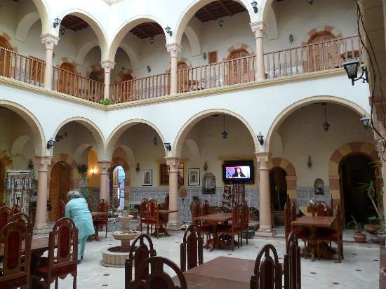 Zumit Hotel: Bedrooms off gallery, restaurant donwstairs