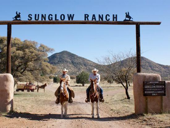 Sunglow Ranch - Arizona Guest Ranch and Resort : Saddle up for an adventure