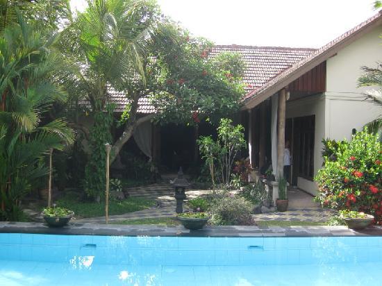 Rumah Mertua: Restaurant area from pool
