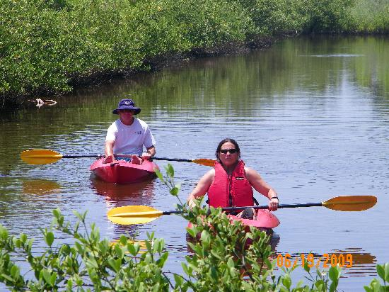 Si Como No Inn: Kayaking at it's best!!