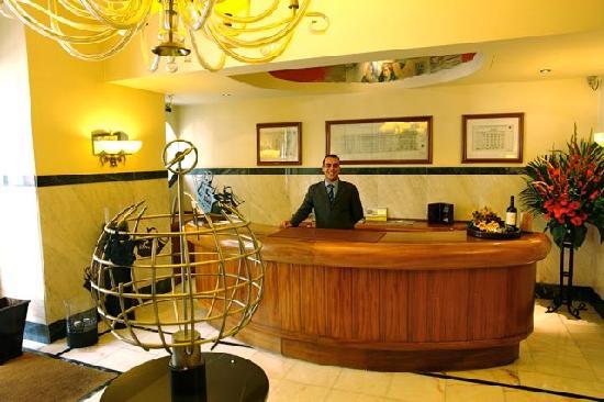 Britania Hotel : Friendly Staff - Marco Concierge/desk clerk
