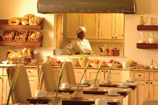 Palacina Residence & Suites: Breakfast