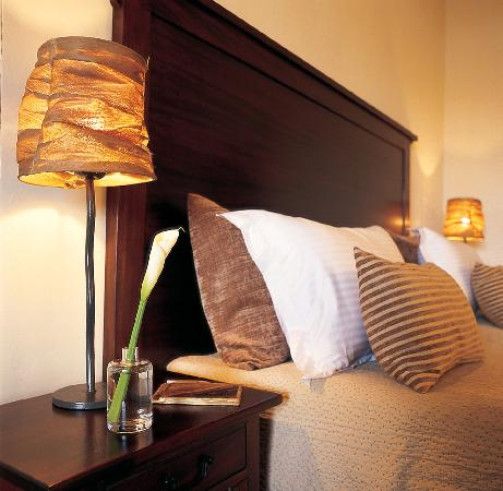 Palacina Residence & Suites: Bed close up
