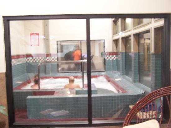 Mt Hood Village RV Resort: Hot Tub