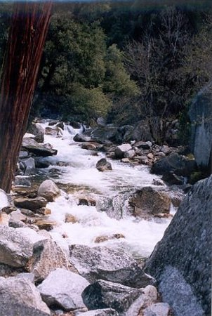 San Andreas, Californien: Merced River below Vernal Falls