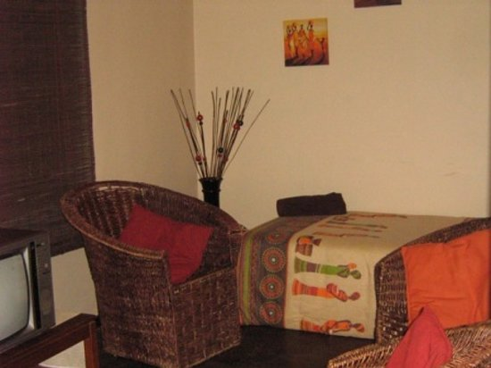 TV room at GRATEFUL - Christian Guest House (Sipreslaan Langenhoven Park / Bainsvlei, Bloemfonte