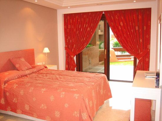 Mar Azul Resort Estepona : E5 master bedroom
