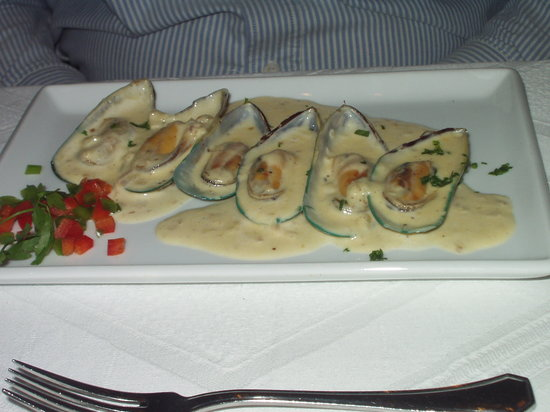Santa Lucia Restaurant: Starters: The Muscles