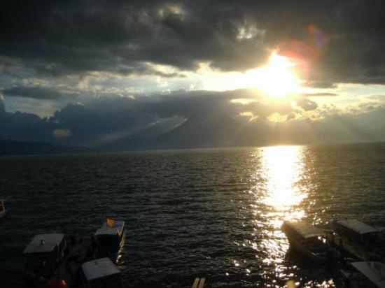 Παναχατσέλ, Γουατεμάλα: Lake Atitlan, Panajachel