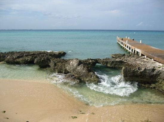 Seven Mile Beach, Grand Cayman: Beautiful!