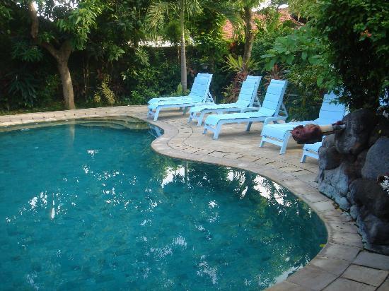 Prima Cottage: Pool