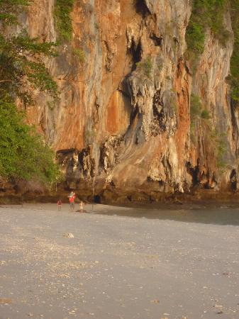 Trang Province, Thailand: the beach with cliffs. right in front of the tents