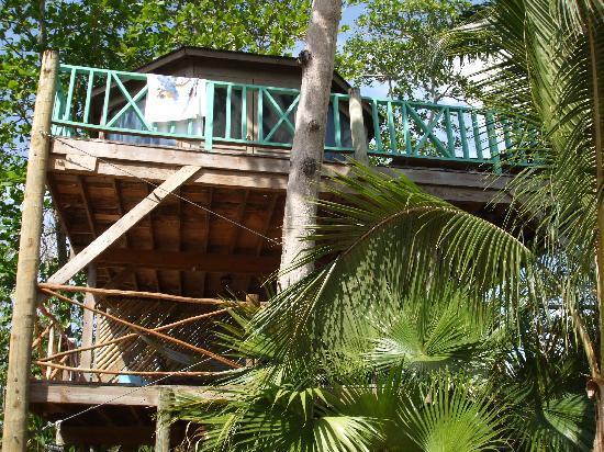 Lazy Dayz: Sky View with under-deck with hammock