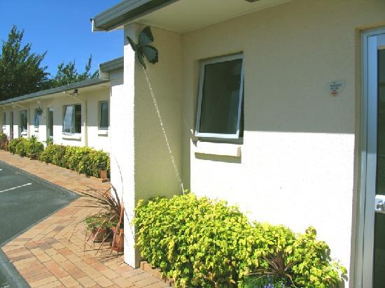 Ann's Volcanic Rotorua Motel and Serviced Apartments: ground floor accommodation ...lovely and quiet brick units