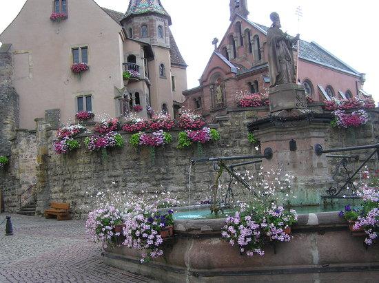 Les Trois Chateaux