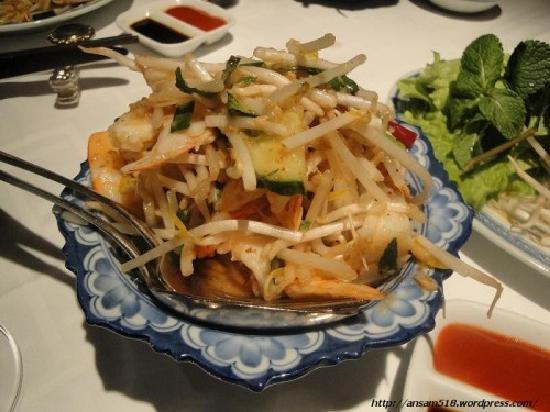 Diep : Shrimp Lemongrass Salad