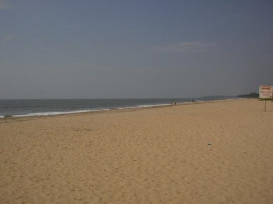 Kannur, India: Payyambalam beach