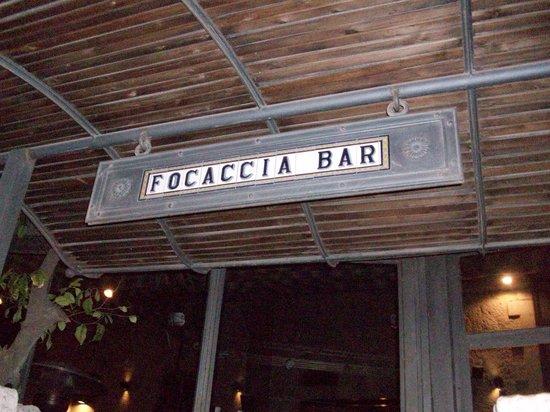 Focaccia Bar : Restaurant from street