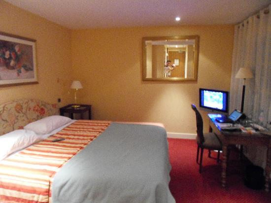 Best Western Plus Hotel Sydney Opera : Room