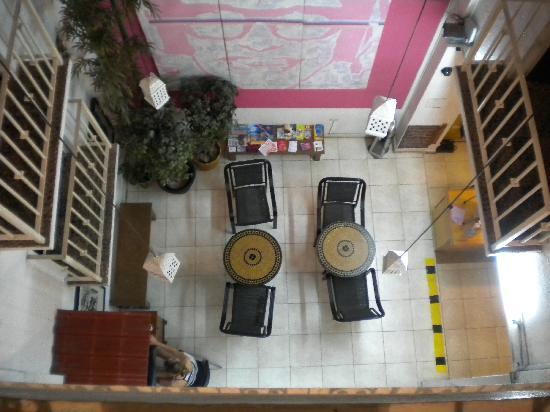 Hotel Belmar: Looking down to lobby