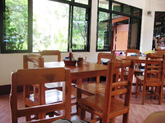 Kata View Guest House: Restaurant