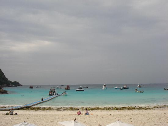 The Racha: Una veduta della spiaggia