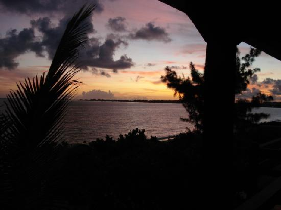 Atlantic Ocean Beach Villas: Sunrise from Balcony