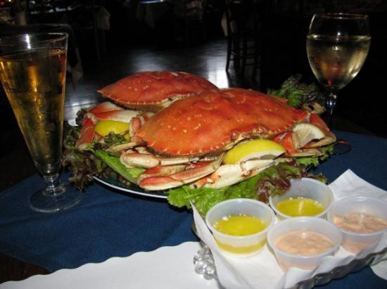 Dupuis Restaurant: Fresh Dungeness crab, tried it cold.  Yes it is served cold. With warm melted butter and homemad
